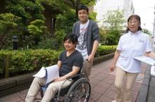 車いす操作の授業を行いました。